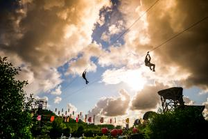 Holland Casino zipline - Mysteryland